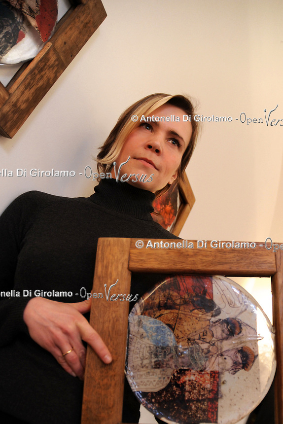 Katarzyna Gornik, Polish artist. Artista polacca.Galleria 291 est, nello storico quartiere di San Lorenzo, Roma..PAPERMOON, mostra d'arte. Sogni Illusioni Visioni. Tre artiste, tre mondi e tre stili, un linguaggio comune: il collage..Gallery 291 East, in the historical district of San Lorenzo, Rome..PAPERMOON, art exhibition. ILLUSIONS DREAMS VISIONS. Three artists, three worlds and three styles, a common language: the collage. .