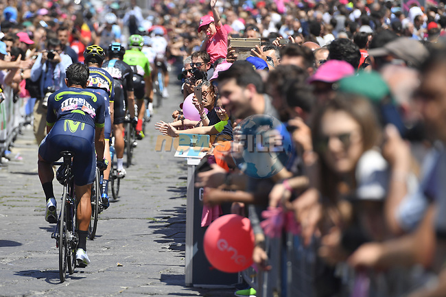 Riders head to sign on before the start of Stage 8 of the 100th edition of the Giro d'Italia 2017, running 189km from Molfetta to Peschici, Italy. 1th May 2017.<br /> Picture: LaPresse/Fabio Ferrari | Cyclefile<br /> <br /> <br /> All photos usage must carry mandatory copyright credit (&copy; Cyclefile | LaPresse/Fabio Ferrari)