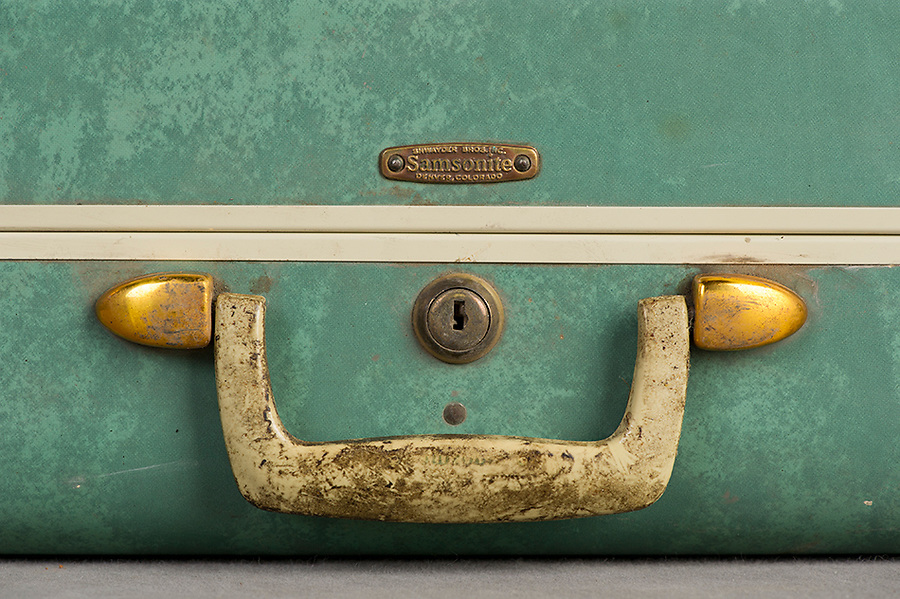 Willard Suitcases / Edith J / ©2014 Jon Crispin
