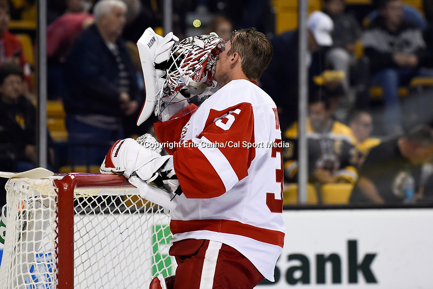 Monday, September 28, 2015, Boston, MA - Detroit Red Wings goalie Jimmy Howard (35) kisses his facemask before the start of the NHL game between the Detroit Red Wings and the Boston Bruins held at TD Garden, in Boston, Massachusetts. Detroit defeats Boston 3-1 in regulation time. Eric Canha/CSM