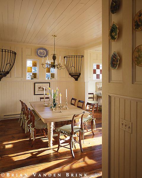 Design: Christian Fasoldt, Architect; Susan Thorne, Interior Designer