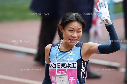 Kiyoko Shimahara, JANUARY 29, 2012 - Marathon : 2012 Osaka International Ladies Marathon, Start & Goal Nagai Stadium in Osaka, Japan. (Photo by Akihiro Sugimoto/AFLO SPORT) [1080]