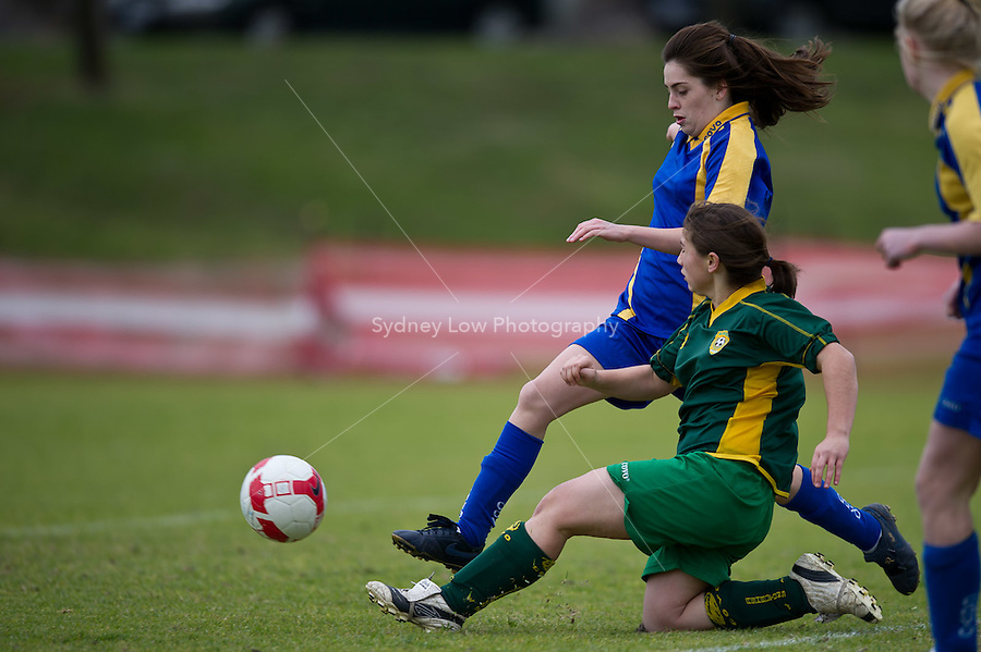 MELBOURNE, AUSTRALIA - July 18, 2010. Round 12 match of the under 15/16A competition in the 2010 FFV winter season between Ashburton WSC and Kensington JSC at Ross Straw Reserve. (Photo by Sydney Low / www.syd-low.com)