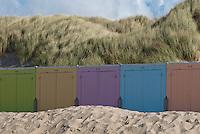Strandhuisjes aan Noordzeestrand, Walcheren, Zeeland