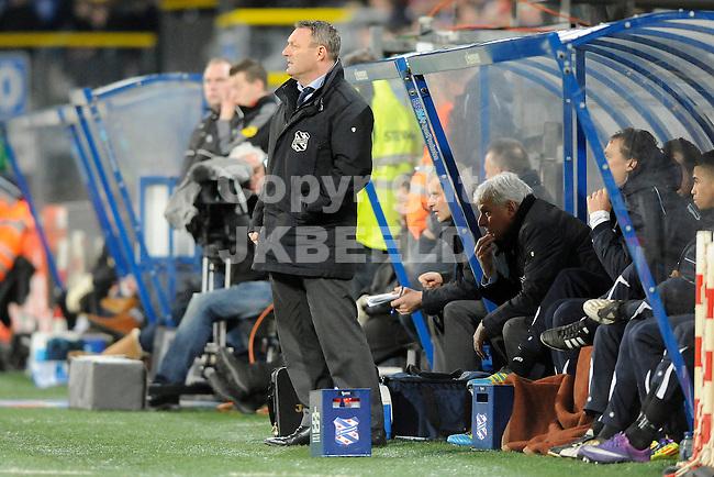 HEERENVEEN - Voetbal, SC Heerenveen - NAC , Eredivisie,  Abe Lenstra stadion, seizoen 2011-2012, 17-02-2012 SC Heerenveen trainer Ron Jans voor zijn dugout.