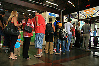 PORTO SEGURO, BA, 23.12.2008 - DESEMBARQUE - imagem de arquivo de desembarque de passageiros no Aeroporto da cidade de Porto Seguro (BA). (Foto: Joá Souza / Brazil Photo Press).