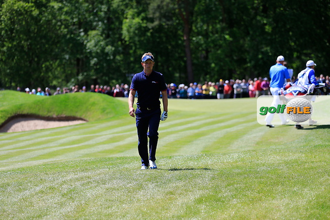 Luke Donald (ENG) during the final round of the BMW PGA championship, Wentworth Golf Club, Virginia Water, London.<br /> Picture: Fran Caffrey www.golffile.ie