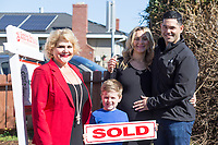Military family shopping for new home