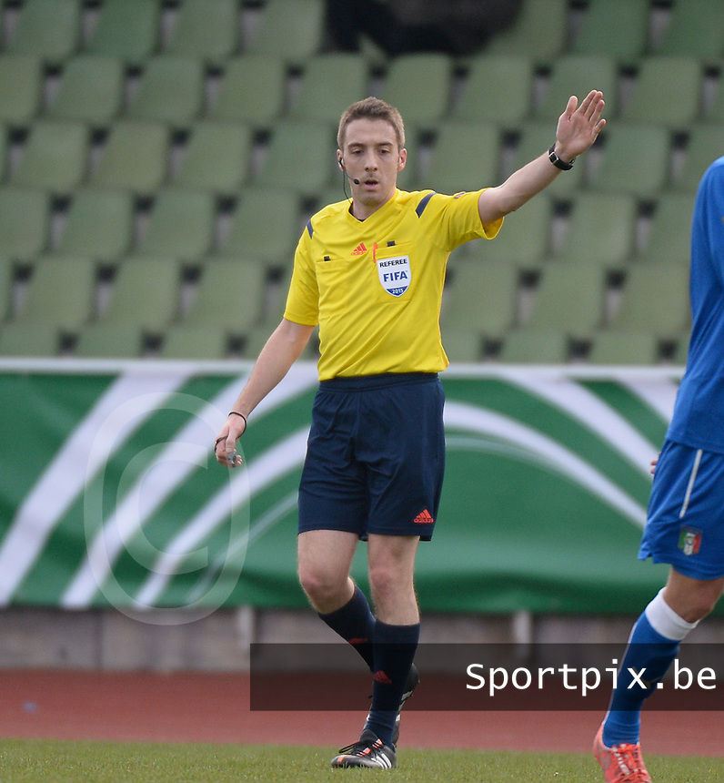 20150323 - MARBURG , GERMANY  : Luxemburger referee Alain Durieux pictured during the soccer match between Under 17 teams of Slovakia and Italy , on the second matchday in group 8 of the UEFA Elite Round Under 17 at Georg-Gassmann , Marburg Germany . Monday 23 rd  March 2015 . PHOTO DAVID CATRY