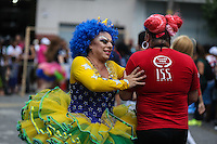 SAO PAULO, SP, 16.03.2014 - FUTEBOL DAS DRAGS - Casa noturna da Barra Funda comemora 18 anos e promove jogo de futebol com drag queens, na zona oeste de São Paulo, na tarde deste domingo (16). (Foto: William Volcov / Brazil Photo Press).