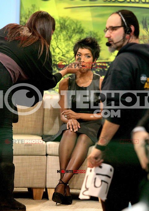 NEW YORK, NY - JANUARY 28: Angela Bassett and Mary J. Blige visit Good Morning America  in New York City to talk about the new Lifetime tv movie Betty & Coretta. January 28, 2013. Credit: RW/MediaPunch Inc. /NortePhoto /NortePhoto