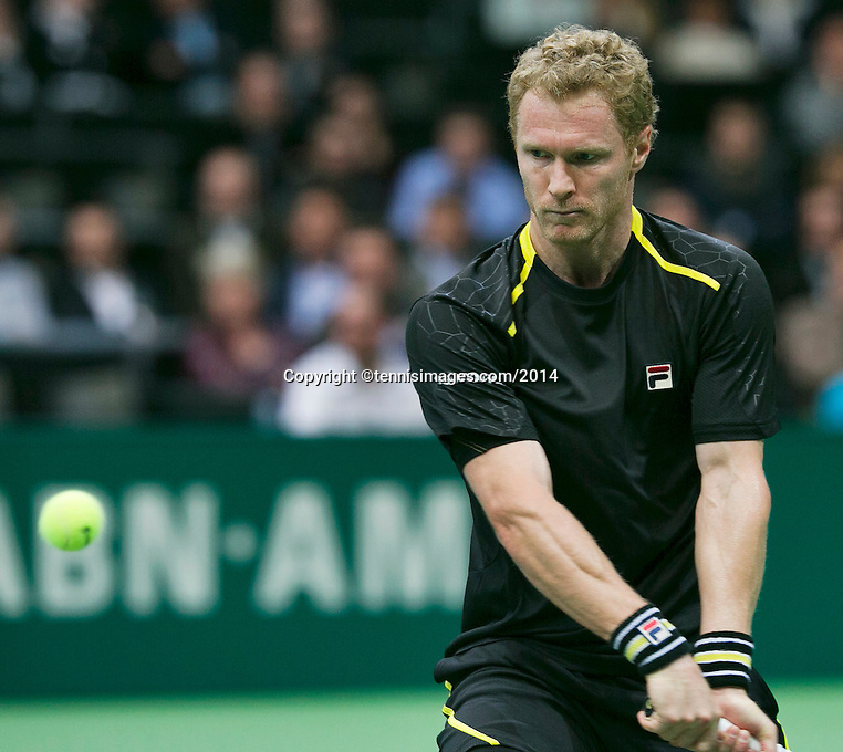 11-02-14, Netherlands,Rotterdam,Ahoy, ABNAMROWTT,Dmitry Tursunov(RUS) <br /> Photo:Tennisimages/Henk Koster