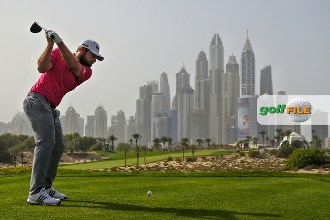 Tyrrell Hatton (ENG) on the 8th during Round 2 of the Omega Dubai Desert Classic, Emirates Golf Club, Dubai,  United Arab Emirates. 25/01/2019<br /> Picture: Golffile | Thos Caffrey<br /> <br /> <br /> All photo usage must carry mandatory copyright credit (&copy; Golffile | Thos Caffrey)