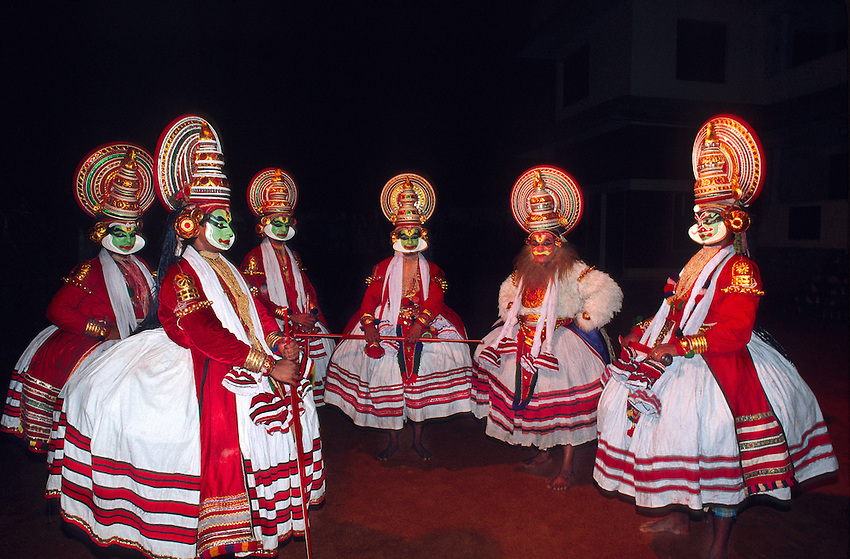 Kathakali dancers, cultural performance, Great Elephant Show, Thuruvananthapuram (Trivandrum), Kerala, India