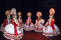 Kathakali dancers, cultural performance, Great Elephant Show, Thuruvananthapuram (Trivandrum), Kerala, India