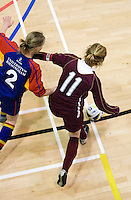 12 MAR 2009 - SHEFFIELD,GBR - Sarah Ronald - Loughborough University (maroon) v  University of Birmingham (blue and red) - BUCS Championships '09. (PHOTO (C) NIGEL FARROW)