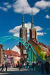 Most Tumski, w tle Ostrów Tumski i Archikatedra Wrocławska