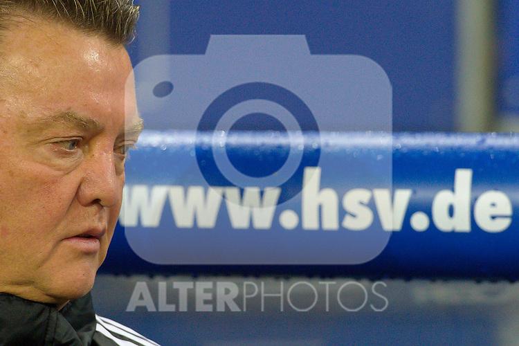 22.10.2010, Imtech Hamburg , GER, 1.FBL, Hamburger SV vs Bayern Muenchen im Bild Louis van Gaal  (Bayern Cheftrainer)    Foto © nph / Kokenge