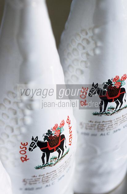 Europe/Chypre/Agros : Brandy de rose
