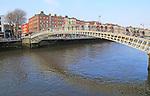 Ha'penny Bridge, historic pedestrian bridge crossing River Liffey, city of Dublin, Ireland, Irish Republic built 1816