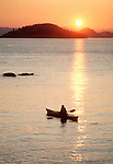 San Juan Islands, kayaker, Jones Island Marine State Park, San Juan Islands, Island County, Washington State, Pacific Northwest, USA, Cascadia Marine Trail,.