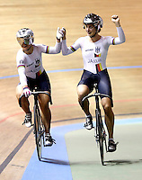 CALI – COLOMBIA – 26-02-2014: Miriam Welte (Der.) y Kristina Vogel (Izq.) de Alemania durante final de Embalaje Equipos Damas en el Velodromo Alcides Nieto Patiño, sede del Campeonato Mundial UCI de Ciclismo Pista 2014. / Miriam Welte (R) and Kristina Vogel (L) of Germany during final of the test of the Wome´s Team Sprint in Alcides Nieto Patiño Velodrome, home of the 2014 UCI Track Cycling World Championships. Photos: VizzorImage / Juan C Quintero / Str.