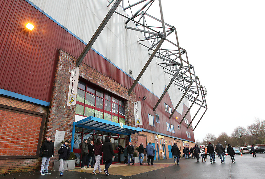 Burnley fans arrive at Turf Moor<br /> <br /> Photographer Rich Linley/CameraSport<br /> <br /> Football - Barclays Premiership - Burnley v Swansea City - Friday 27th February 2015 - Turf Moor - Burnley<br /> <br /> &copy; CameraSport - 43 Linden Ave. Countesthorpe. Leicester. England. LE8 5PG - Tel: +44 (0) 116 277 4147 - admin@camerasport.com - www.camerasport.com