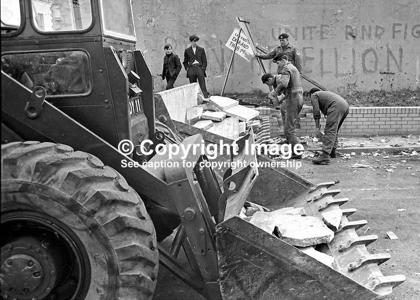 British soldiers dismantling barricades in Lower Falls area, Belfast, N Ireland, UK, 196909160252c.<br /> <br /> Copyright Image from Victor Patterson,<br /> 54 Dorchester Park, Belfast, UK, BT9 6RJ<br /> <br /> t1: +44 28 90661296<br /> t2: +44 28 90022446<br /> m: +44 7802 353836<br /> <br /> e1: victorpatterson@me.com<br /> e2: victorpatterson@gmail.com<br /> <br /> For my Terms and Conditions of Use go to<br /> www.victorpatterson.com
