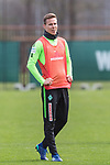 11.04.2018, Trainingsgelaende, Bremen, GER, 1.FBL, Training SV Werder Bremen<br /> <br /> im Bild<br /> Niklas Moisander (Werder Bremen #18), <br /> <br /> Foto &copy; nordphoto / Ewert