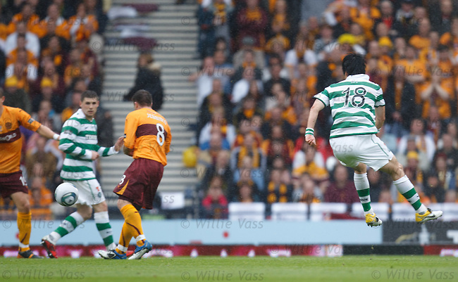 Ki Sung Yeung scores for Celtic