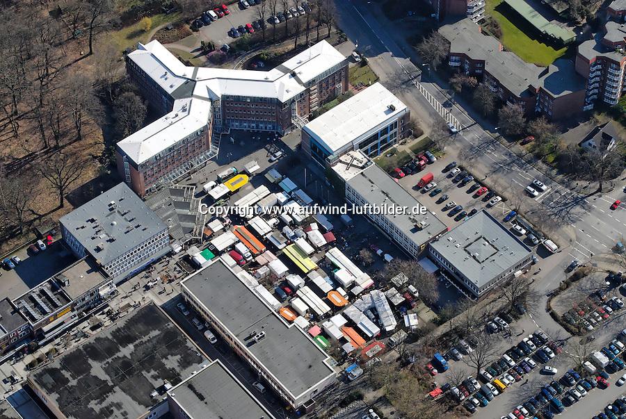 Glinder Markt: EUROPA, DEUTSCHLAND, SCHLESWIG- HOLSTEIN, GLINDE, (GERMANY), 08.03.2008: Glinde, Markt, Platz, Verwaltung, Rathaus, Luftbild, Luftansicht, Luftaufnahme, .. c o p y r i g h t : A U F W I N D - L U F T B I L D E R . de.G e r t r u d - B a e u m e r - S t i e g 1 0 2, 2 1 0 3 5 H a m b u r g , G e r m a n y P h o n e + 4 9 (0) 1 7 1 - 6 8 6 6 0 6 9 E m a i l H w e i 1 @ a o l . c o m w w w . a u f w i n d - l u f t b i l d e r . d e.K o n t o : P o s t b a n k H a m b u r g .B l z : 2 0 0 1 0 0 2 0  K o n t o : 5 8 3 6 5 7 2 0 9.C o p y r i g h t n u r f u e r j o u r n a l i s t i s c h Z w e c k e, keine P e r s o e n l i c h ke i t s r e c h t e v o r h a n d e n, V e r o e f f e n t l i c h u n g n u r m i t H o n o r a r n a c h M F M, N a m e n s n e n n u n g u n d B e l e g e x e m p l a r !.