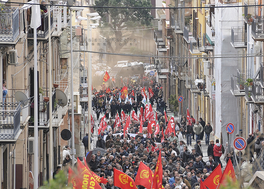 Termini Imerese,Sicily,  strike of workers in Termini Imerese, the seat of one of Fiat factory which is about to close.<br /> Termini Imerese sciopero indetto dalla Fiom.