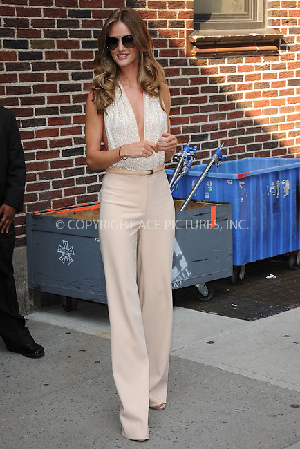 WWW.ACEPIXS.COM . . . . . .June 15, 2011...New York City...Rosie Huntington-Whiteley tapes the Late Show with David Letterman on June 15, 2011 in New York City....Please byline: KRISTIN CALLAHAN - ACEPIXS.COM.. . . . . . ..Ace Pictures, Inc: ..tel: (212) 243 8787 or (646) 769 0430..e-mail: info@acepixs.com..web: http://www.acepixs.com .