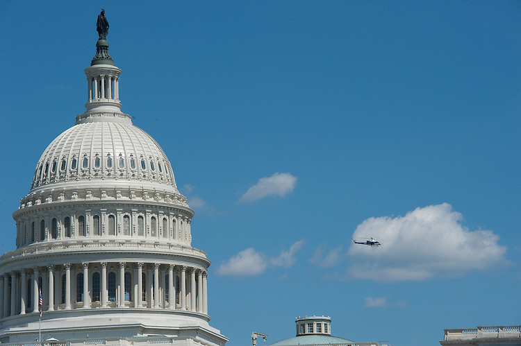 UNITED STATES - August 23: DThe U.S. Capitol complex was evacuated after an earthquake sent tremors from the nation's capital to New York City and New England Tuesday afternoon, the result of what officials said was a 5.9 magnitude temblor based in Virginia. Here a U.S. Park Police helicopter checks for damage from the air.  (Photo By Douglas Graham/Roll Call)