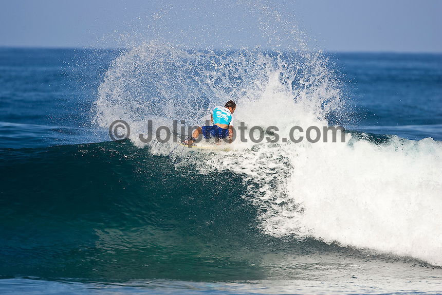 """CJ Hobgood (USA)  PIPELINE, Oahu/Hawaii (Tuesday, December 15, 2009) - Taj Burrow (AUS), 31, has claimed the 2009 Billabong Pipe Masters, defeating fellow Finalist Kelly Slater (USA), 37, in clean three-to-five foot (1 - 1.5 metre) waves at the Banzai Pipeline...The final event of the 2009 ASP World Tour season, the Billabong Pipe Masters culminated the Vans Triple Crown (an ASP Specialty Series), and provided non-stop, high-caliber action from the outset...Burrow wasted little time in putting Slater on the ropes in the 35-minute Final, racking up a 7.00 out of a possible 10 on his opening ride for an electric air reverse followed by some solid forehand maneuvers. With deteriorating conditions, Burrow stayed busy before collecting a 5.83 for an incredible full-rotation alley-oop, putting the pressure on Slater as time ran out...""""There were perfect backdoor waves this whole event and then for the Final it went onshore,"""" Burrow said. """"It was strictly turns. It was all about turns and hopefully doing a few airs and I ped down to my shortboard and my plan was to just to let loose. It was tough because I knew Kelly (Slater) could do anything. Even when there was 20 seconds to go and I had priority, I was still scared. I just had nothing to lose and tried to let loose.""""..Today's victory mark's Burrow's first ASP World Tour win since 2007 and his first-ever win at the infamous Banzai Pipeline..Joel Parkinson (AUS), 28, was in the running for the 2009 ASP World Title before bowing out of the Billabong Pipe Masters in Round 3 of competition. Although Gold Coast stable mate Mick Fanning (AUS), 28, claimed the 2009 ASP World Title, Parkinson's efforts throughout the Vans Triple Crown (an ASP Specialty Series) saw the talented natural-footer awarded with his second consecutive Vans Triple Crown Title as well as a bonus $50,000 from the Vans Triple Threat prize pool...""""This is my consolation prize to this year's ASP World Title,"""" Parkinson said. """"To me, the Triple Crown is the n"""