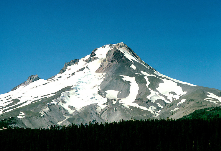 Oregon: Mt. Hood, Photo: orhood101  .Photo copyright Lee Foster, www.fostertravel.com, 510/549-2202, lee@fostertravel.com