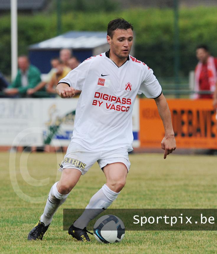 KV Kortrijk : Leon Benko.foto VDB / BART VANDENBROUCKE