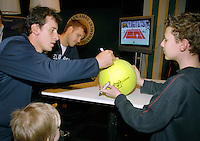 23-2-07,Tennis,Netherlands,Rotterdam,ABNAMROWTT, Autograph session with Pavel and Waske