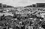 Trabalhadores rurais fazem manifestação em Brasília pela reforma agrária..Rural workers make manifestation in Brasília for the land reform.
