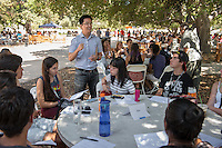 Brian Kim, Associate Professor, Psychology. Incoming first years meet with their faculty advisors during the Major Information Sessions & Advising part of Orientation in the Academic Quad, Aug. 24, 2015.<br /> (Photo by Marc Campos, Occidental College Photographer)