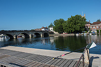 Henley. Berks, United Kingdom. <br /> <br /> Exeter Scull rests the scull against the railinf on the, &quot;Leander railings&quot; at the 2017 Henley' Women's Regatta. Rowing on, Henley Reach. River Thames. <br /> <br /> <br /> Saturday  17/06/2017<br /> <br /> <br /> [Mandatory Credit Peter SPURRIER/Intersport Images]