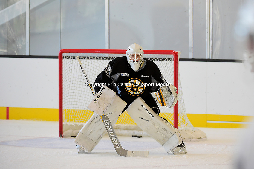 Wednesday, September 21, 2016: Boston Bruins rookie goalie Zane McIntyre (50) tends net during the Boston Bruins rookie camp at Warrior Ice Arena, in Brighton, Massachusetts. Eric Canha/CSM