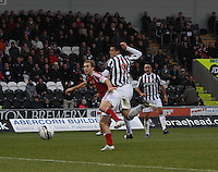 Steven Thompson gets the better of Russell Anderson in the St Mirren v Aberdeen Clydesdale Bank Scottish Premier League match played at St Mirren Park, Paisley on 9.11.12.