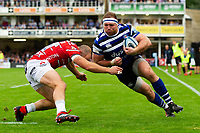 Henry Thomas of Bath Rugby in possession. Gallagher Premiership match, between Bath Rugby and Gloucester Rugby on September 8, 2018 at the Recreation Ground in Bath, England. Photo by: Patrick Khachfe / Onside Images