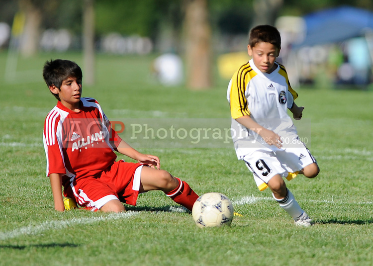 Alliance Diablos 99 Vs Ballistic U11 Premier during the BUSC Summer Classic in Pleasanton, California August 15, 2009. (Photo by Alan Greth)