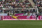 15.07.2017, Borussia Park, Moenchengladbach, GER, TELEKOM CUP 2017 - Borussia Moenchengladnach vs SV Werder Bremen<br /> <br /> im Bild<br /> Jiri Pavlenka (Werder Bremen #1) h&auml;lt Elfmeter gegen Mickael Cuisane (Moenchengladbach #27), <br /> <br /> Foto &copy; nordphoto / Ewert