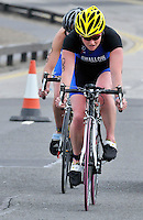 Photo: Paul Greenwood/Richard Lane Photography. Strathclyde Park Elite Triathlon. 17/05/2009. .England's Jodie Swallow.