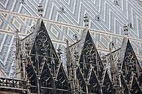 Europe/Autriche/Niederösterreich/Vienne: Toits de la cathédrale Saint-Etienne: Stephansdom- toiture en tuiles vernissées