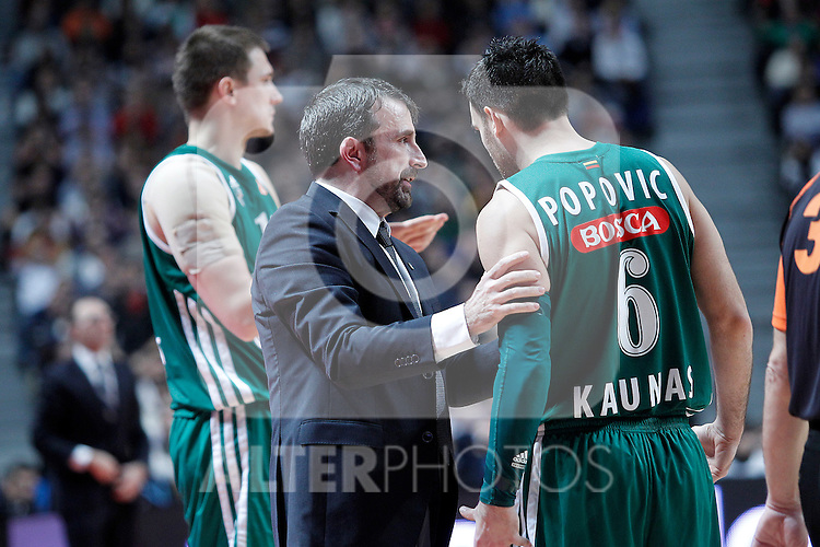 Zalgiris Kaunas' coach Joan Plaza (l) and Marko Popovic during Euroleague 2012/2013 match.January 11,2013. (ALTERPHOTOS/Acero)