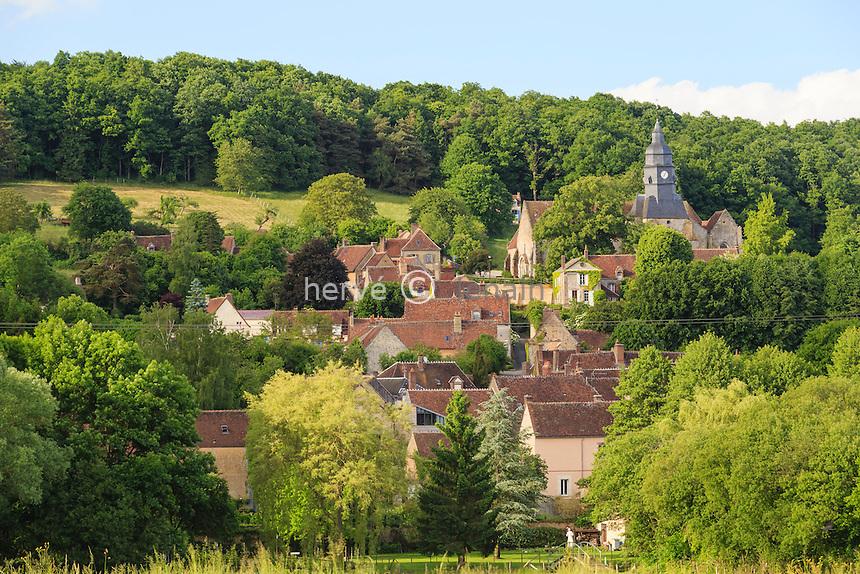 France, Orne (61), Moutiers-au-Perche, le village // France, Orne, Moutiers au Perche, the village